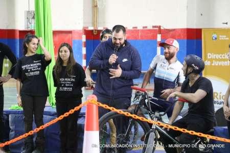 La pista móvil del Skate Park Municipal visitó el colegio Don Bosco