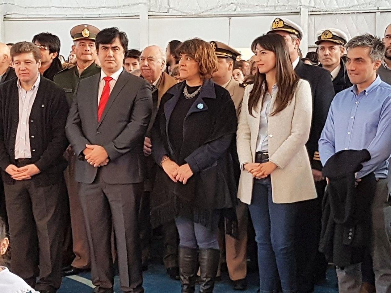 Concejales en el acto del aniversario 97 de Río Grande.