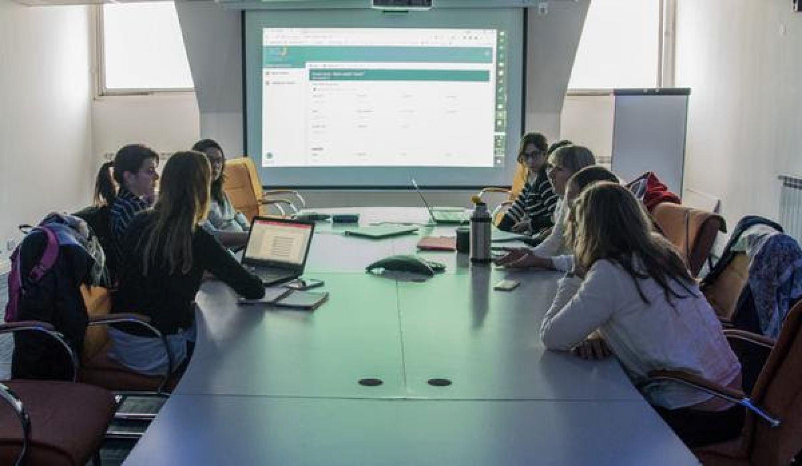 Se avanza con la implementación en la provincia de las sociedades de acción simplificada (SAS)